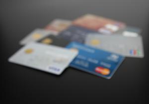 あなたのカード 勝手に使われてないですか?