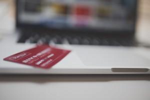 セキュリティコードが知られたら あなたのカードは使われ放題に!